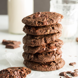 vegandoublechocolatechunkcookiessquare 5877 256x256   One Bowl Double Chocolate Chunk Cookies