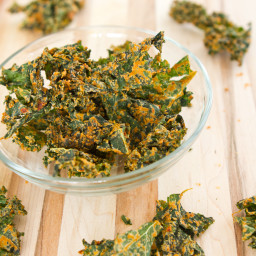 IMG 9737 256x256   Sun dried Tomato Cheezy Kale Chips